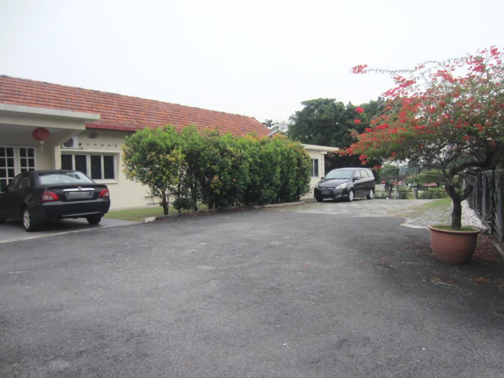 1 Storey Large Corner Bungalow at Section 5 Gasing Petaling Jaya for Sale