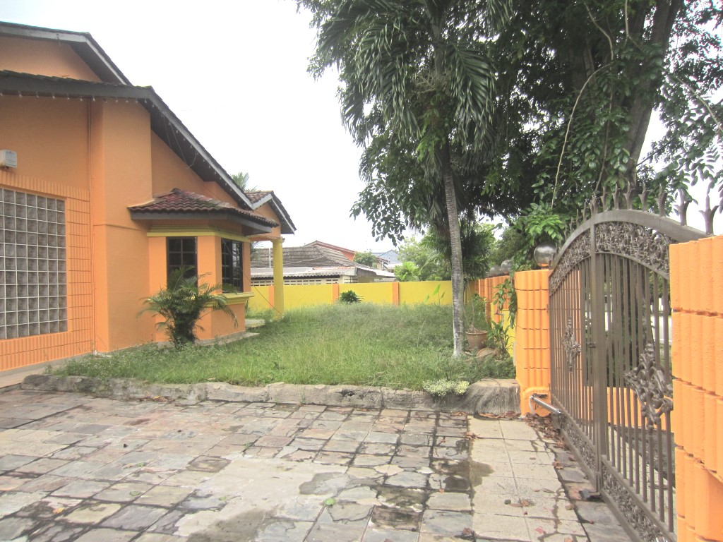 2 Storey Commercial Bungalow for Sale at SS3 Petaling Jaya