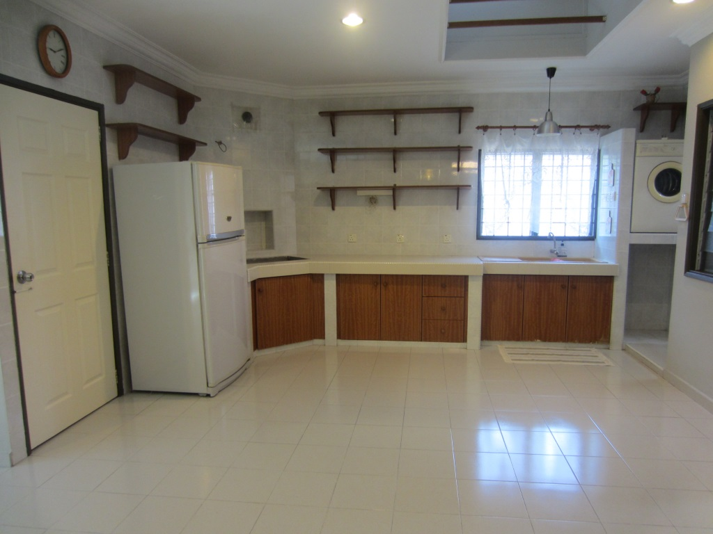 1 Storey Semi-Detached House for Sale at Section 3 Petaling Jaya
